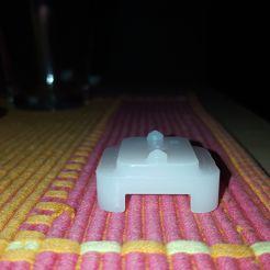 Agrafe glissiere- support verre