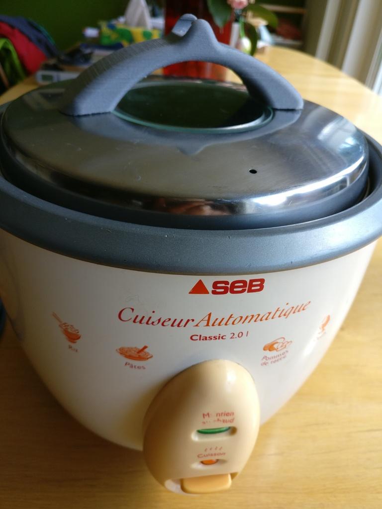 Poign e cuiseur seb classic imprim en 3d for Cuisine 3d boulanger