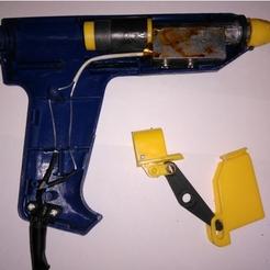 Repair lever for glue gun